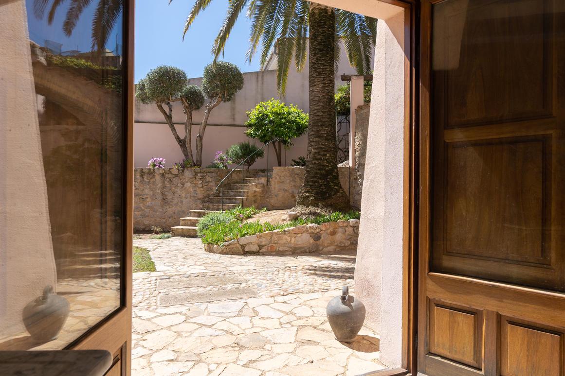 Huis -                               Costa Brava -                               4 slaapkamers -                               0 personen